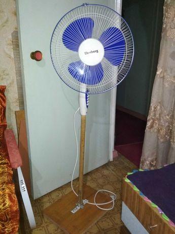 Напольный  вентилятор.