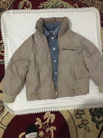 Продам осенний куртка за 12000 тг