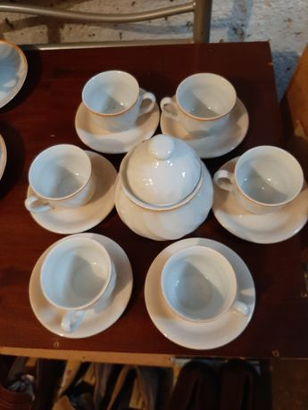 Продавам 3бр.порцеланови сервизи+чиний