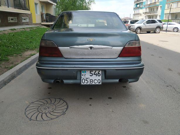 Продам машину Daewoo