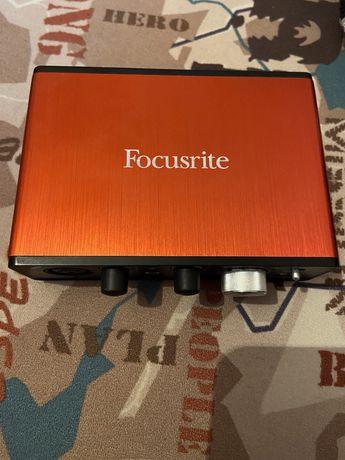 Продам внешнюю звуковую карту Focusrite