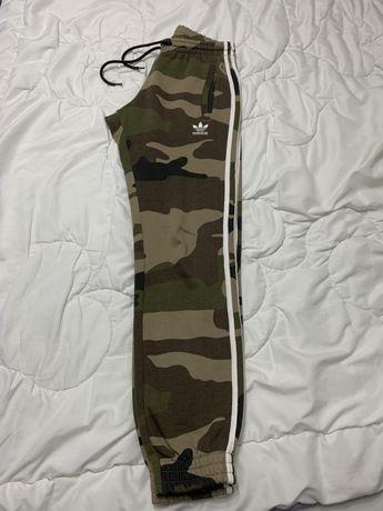 Adidas Originals 2019 SS Stripes Camouflage (S)