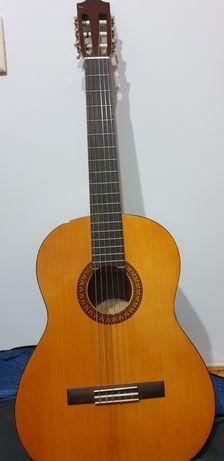 Гитара  Ямаха  C45 с американскими струнами