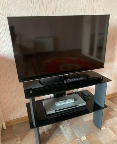 Телевизор Samsung куплен в 2015 году, с интернет WiFI