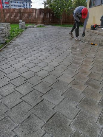 Dale Pavele din beton comprimat aditivat Pavaje Asiguram montaj transp