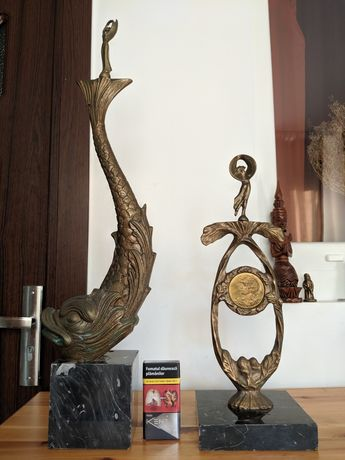 Statui/Trofee vechi din bronz masiv
