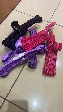 Плечики для нижнего белья и детской одежды по 20 тенге