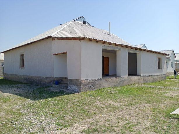 Ынтымақ ауылында (Қазақстанның 30 жылдығы) үлкен үй