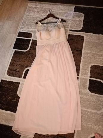 Продам платье! В идеальном состоянии оделась 1 раз на мероприятие!