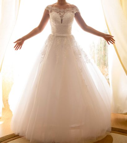 Rochie de mireasa stil printesa, marimea S
