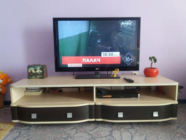 Тумба под Телевизор.