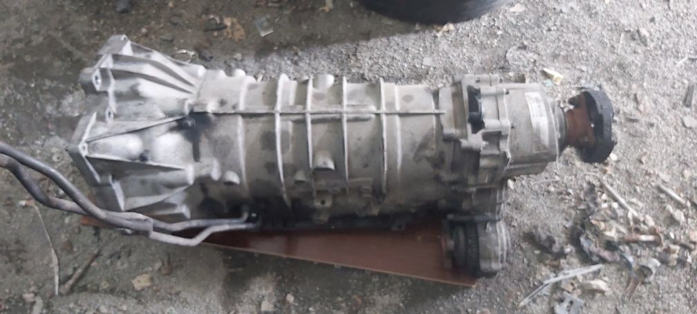 Скоростна кутия за БМВ е46 4х4 3.0 2.5 бензин / BMW E 46 330xi 2.5xi