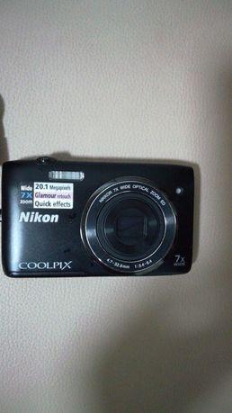 Цифровой фотоаппарат Nikon 3400