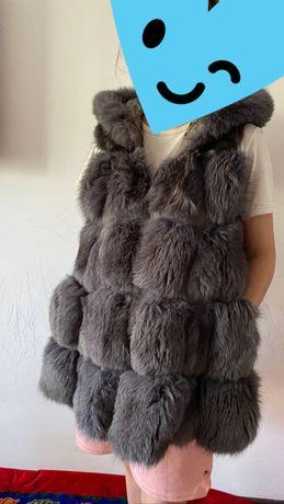 Продам женскую меховую жилетку!