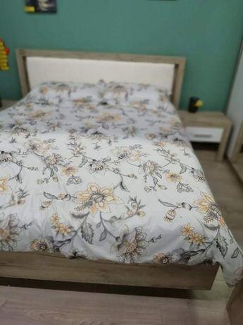 Vând dormitor complet Astor