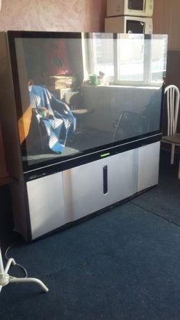 Телевизор большой диагональ 1м. 60см.