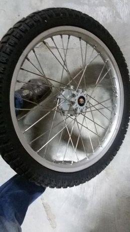 Предня джанта с гума