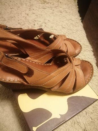 Продам обувь женскую пр Турция