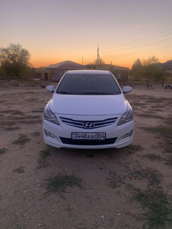 Продам машину срочно Hyundai Solaris