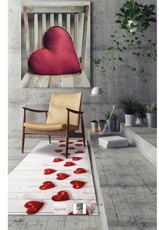 Модерен килим за вашата всекидневна  Cuori Rossi, размер: 58-115см