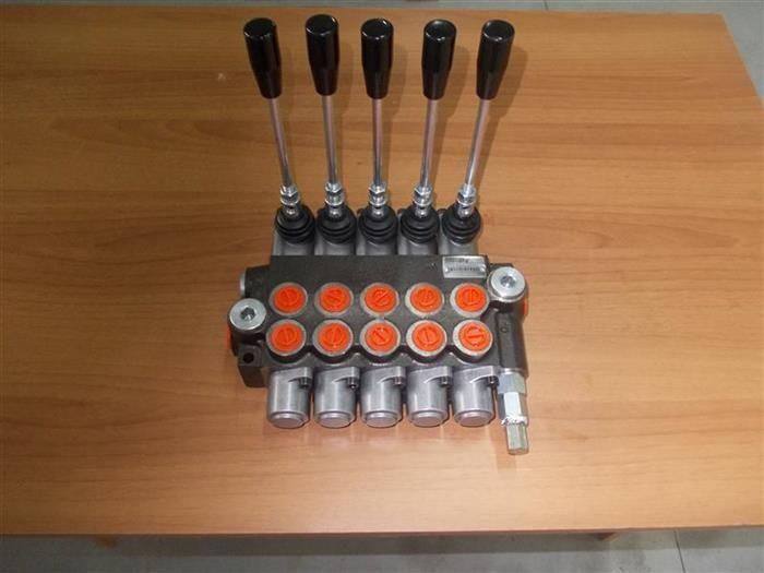 Distribuitor hidraulic P40-P80-P120-Z50 - Distribuitor 5 manete macara Arad - imagine 1