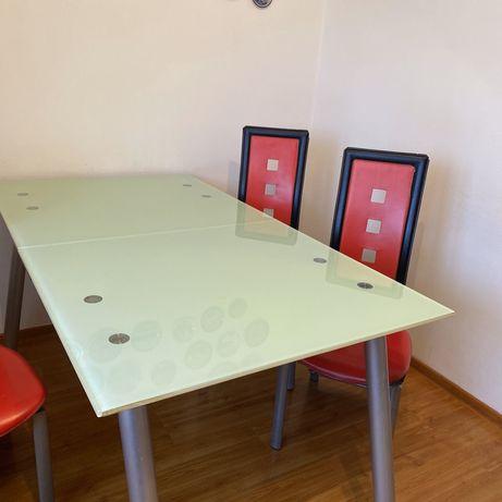 Стеклянный обеденный стол и стулья (6шт)