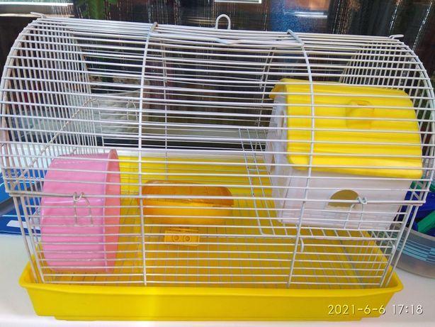 Продам клетку для хомяков /крыс