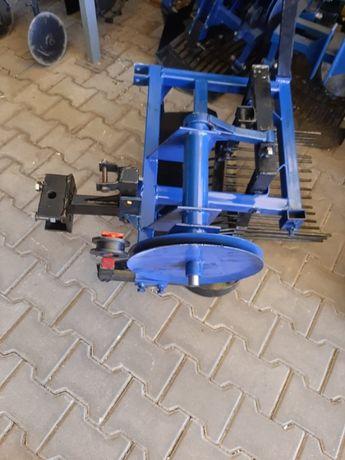 masina scos cartofi motocultor tractor mic,