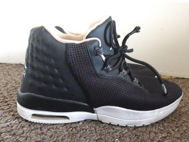 Nike Air Jordan Academy marimea 38