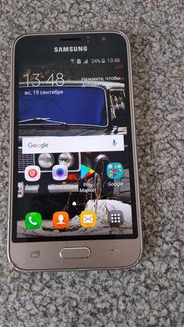 Продам Samsung Galaxy J1