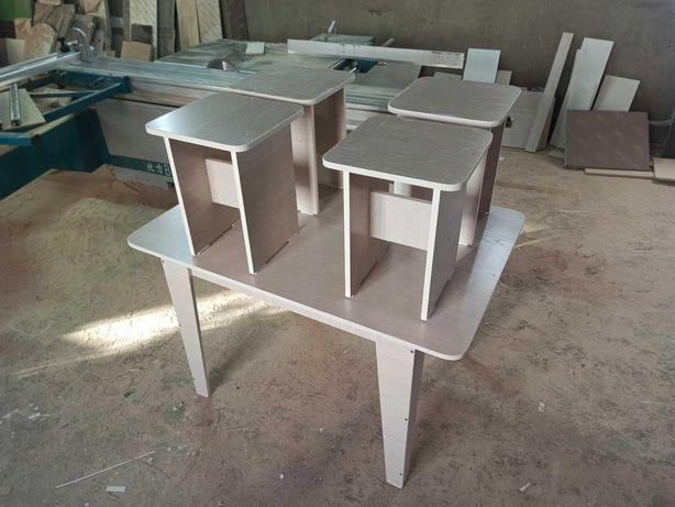Столы кухонные с табуретками