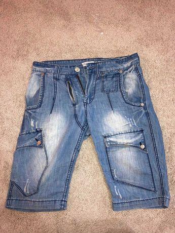 Мъжки къси дънки. размер 28, светло сини
