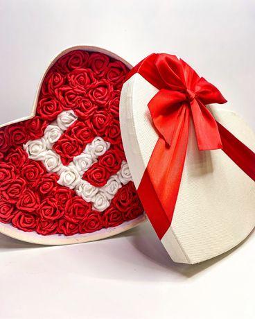 Кутия с вечни рози