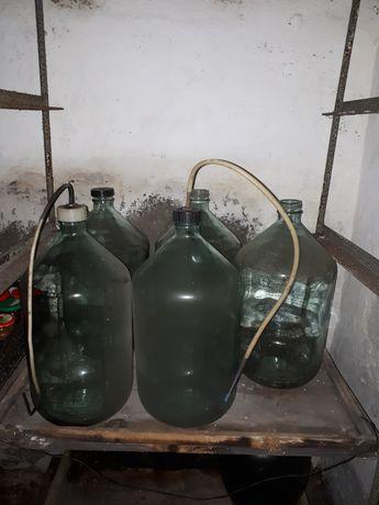 Продам бутыля на 20 литров