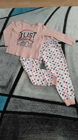 Pijama de iarnă Peppert's.
