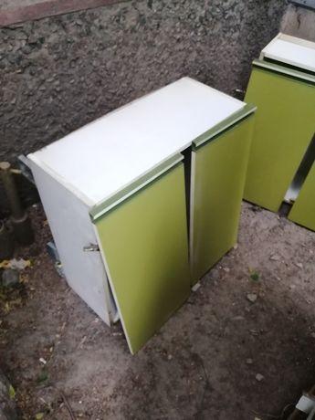 Продам шкаф продам кухонный гарнитур продам навесные шкафчики