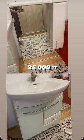 умывальник с зеркалом в ванную
