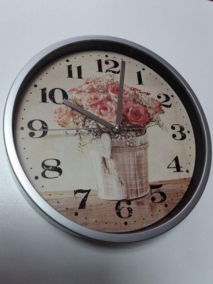 Часовник и закачалка