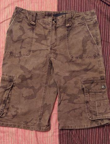 Камуфлажни къси панталони