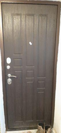 Продам металический дверь