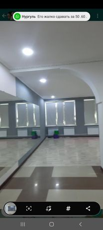 Зал Большой с Зеркалами на стене, Удобно под Любые тренировки, и тд