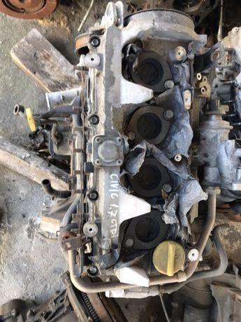 Двигател Хонда honda civic сивик 1.7ctdi honda.Глава блок колянов вал