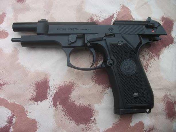 Pistol PUTERE MARE Beretta M9/ NOU/ UPGRADE 4,4 JOULI 1500 Bile 5 Co2