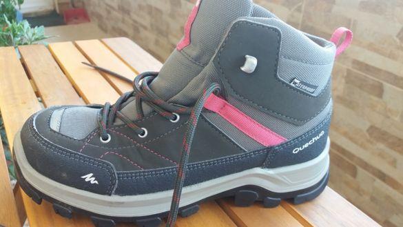 Обувки QUECHUA M hiking 500 MID WTP JR Grey/PINK