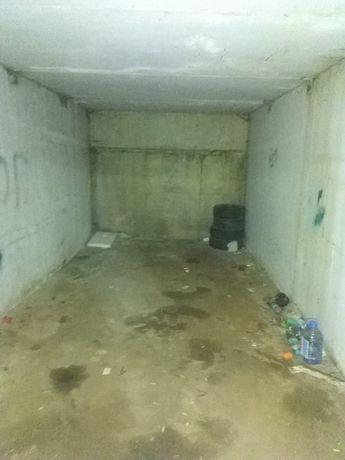 Абая Мамышулы  Подземный гараж!