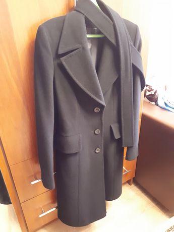 Продам пальто и ветровку