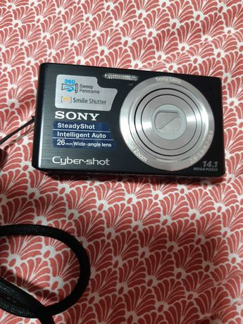 Vand camera foto Sony SteadyShot 26mm Wide angle lens  14.1Mega Pixels