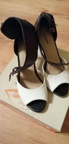 Sandale alb cu negru, marime 37