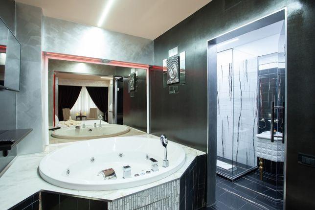 Inchiriez in REGIM HOTELIER garsoniera de LUX cu JACUZZI 270lei/noapte