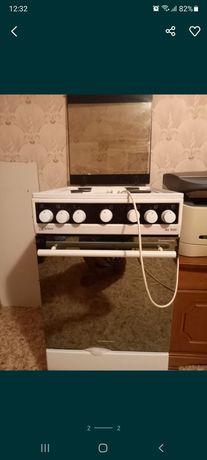 Продаётся четырёх комфорная газовая плита